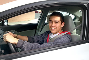 Learn to drive with an interactive curriculum from Central Washington Driving School